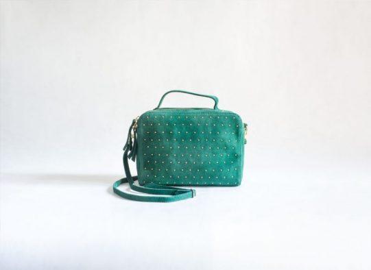 bolso verde tachuelas ante fur for you